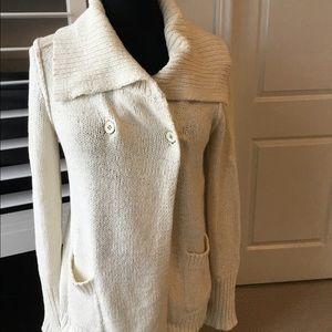 J crew cream collar neck sweater good condition s